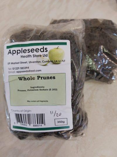 prunes whole